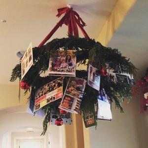 DIY: Wreath Chandelier